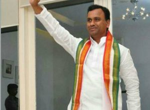 Congress MLA Komatireddy set to join BJP