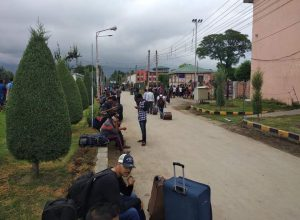 Kashmir on edge : Tourists and students evacuated, Panic among locals
