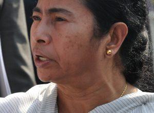 Mamata backs Chidambaram, slams BJP