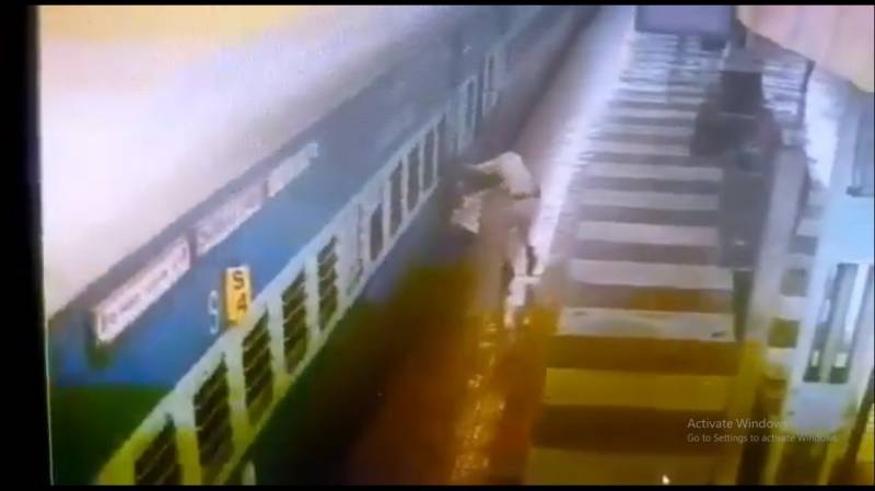 Man falls in gap between train and track, RPF cop rescues him
