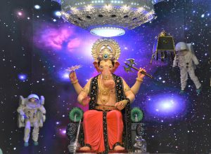 Lalbaughcha Raja faces recession; received less cash and fewer gifts