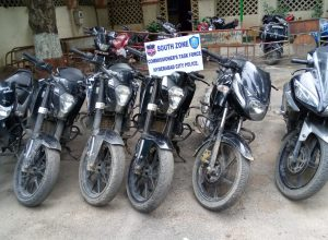2 held for stealing bikes in Hyderabad