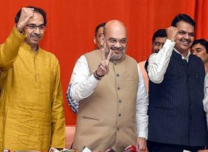 Shivsena may go solo in the upcoming polls if seat sharing issue doesn't resolve with BJP.