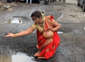 Potholes to moon; RJ Malishka's latest take on the issue