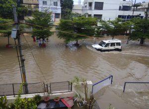 Patna Floods: 27 dead as incessant rainfall brings life to a halt in Bihar