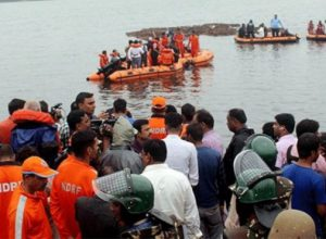 GODAVARI BOAT MISHAP: Kin of dead siblings wait for bodies in Vizag