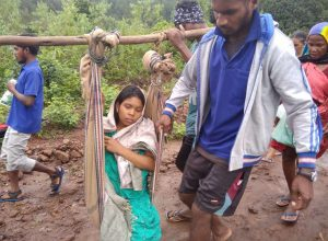 No roads: Kin carry pregnant woman for 7 Kms on makeshift stretcher in Vizag