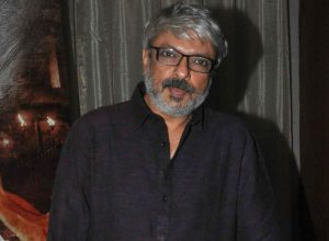 Bhansali in talk with Ranbir for Alia's gangster film