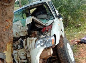 Joy trip turns tragic, doctor' s family from VIZAG dies in road accident in Chhattisgarh