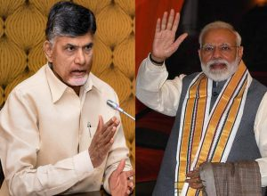 Naidu 'divorces' Congress, sends message to BJP