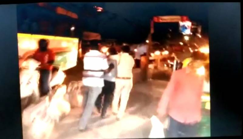 Minutes after CM gives free hand, police unleash violence on TSRTC employees