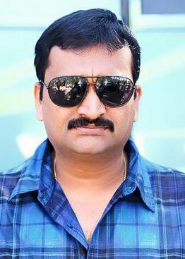 Tollywood producer Bandla Ganesh caught for cheating case in Hyderabad
