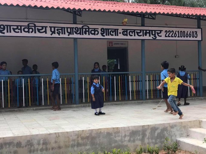 Chhattisgarh District Collector sends his daughter to a govt school; believes that it will improve the school