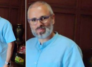 For a change, a leaked picture of bearded Omar Abdullah has taken the social media by storm.