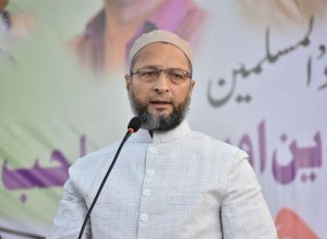 #IAmAsadOwaisi trending on Twitter, crosses 1 lakh tweets