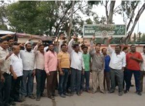 RTC JAC leaders detained at Gun Park; Dharna at Indira Park postponed