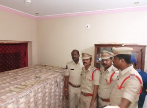 Khammam police unearth Rs 100-crore worth banned currency