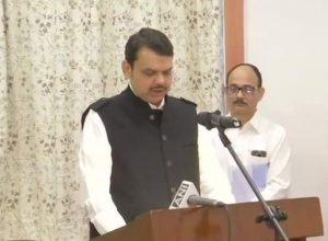 Devendra Fadnavis sworn in as Maha's CM, Ajit Pawar his deputy