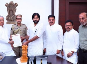 Pawan Kalyan meets governor regarding English Medium Education in Government Schools