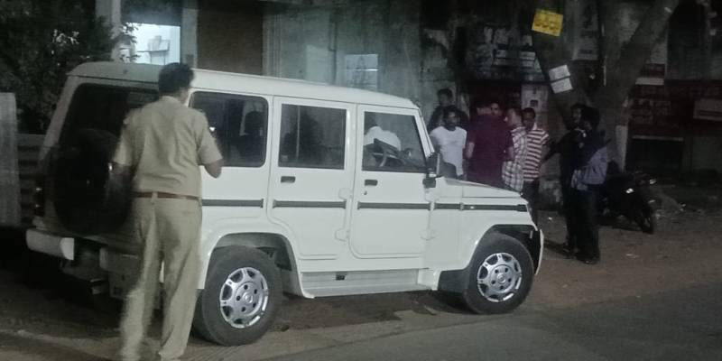 Four youngsters try to rape engineering student in Srikakulam, arrested
