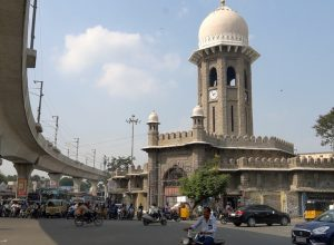 Hope turns into despair at Mozamjahi Market as renovation loses pace