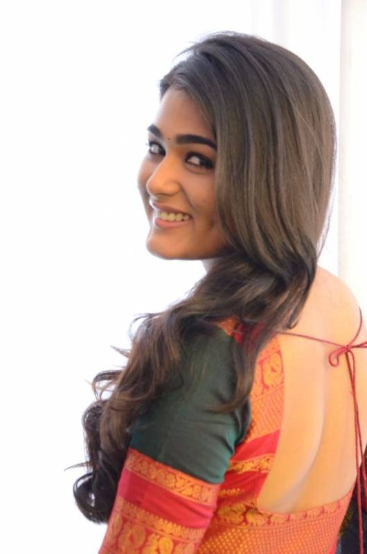 Shalini Pandey on cloud nine over chance to pair up with Ranveer Singh