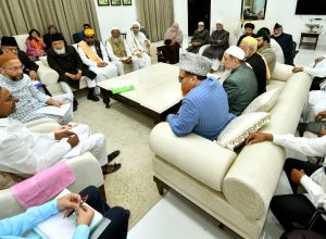 TS Chief Minister assures 'right' decision on NRC, says Owaisi
