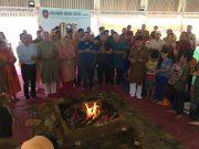 A prayer to return to the valley: Kashmiri pandits conduct hawan