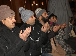 Prayers allowed at Jamia Masjid after four-month gap because of abrogation of Article 370