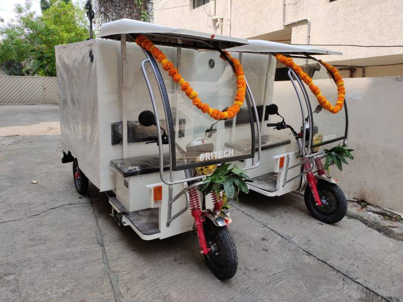 Steam bath for car: Hyderabad techies magic to conserve water