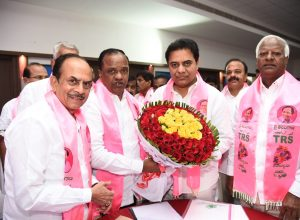 Municipal poll results : TRS leading in 110 municipalities and nine corporations