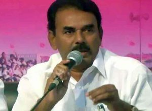 TRS keeps former minister Jupally, rebel candidates at bay