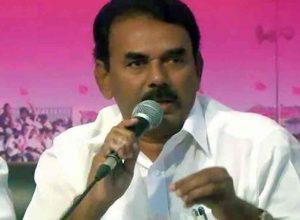 TRS keeps former minister Jupally, rebel candidates at bay