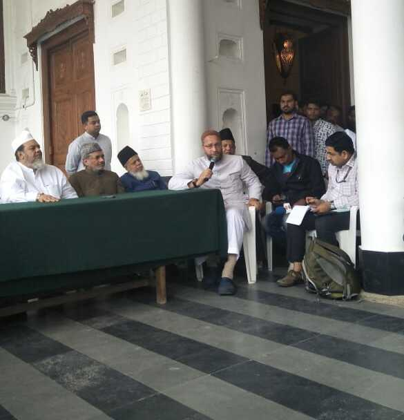 Pass resolution in TS Assembly against NPR, Owaisi urges KCR