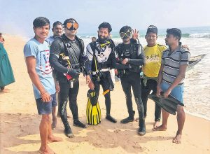 Divers discover century-old shipwreck at Baruva coast in Srikakulam