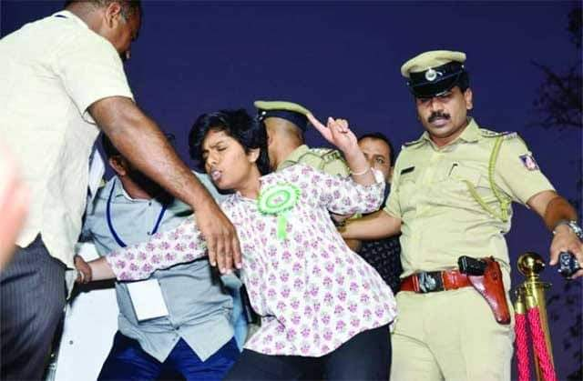Sedition charges slapped on Bangalore girl who shouted 'Pakistan Zindabad' at Owaisi rally