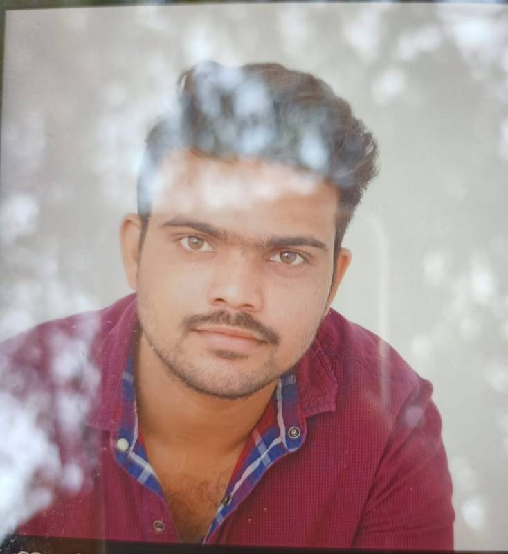 25-year-old techie killed after overspeeding bike hits divider