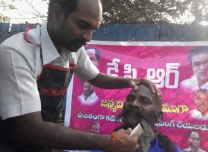 For KCR's birthday, die-hard fan offers free haircut to cancer patients