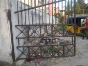 School gate collapses, kills 12-year-old in Borabanda, Hyderabad