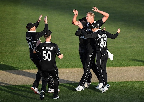 New Zealand win by 22 runs; clinch first ODI series against India since 2014