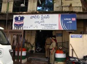 Charminar police detain EFLU students collecting funds for Delhi riot victims