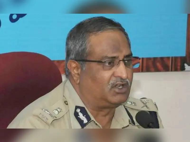 AP High Court revokes suspension order against senior IPS officer AB Venkateswara Rao