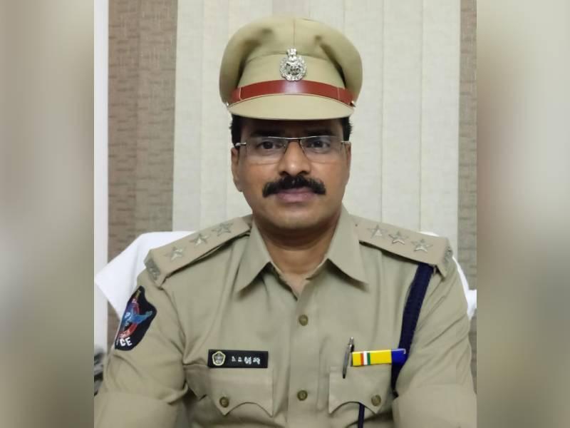 DSP Srikakulam PV Krishna Varma commits suicide in Vizag
