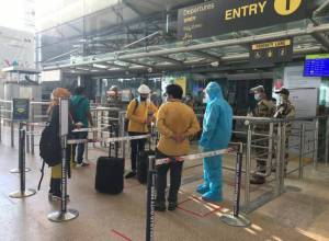 Around 50 domestic flights cancelled in Hyderabad