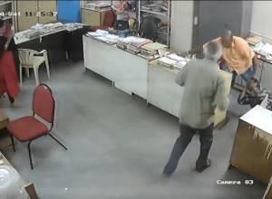 AP Tourism deputy director assaults women for asking him to wear a mask