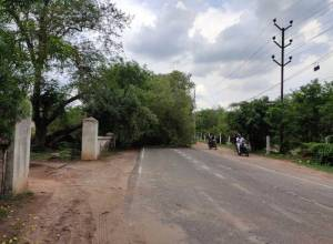 KTR requests Rajnath to remove barricades from Secunderabad Cantonment roads