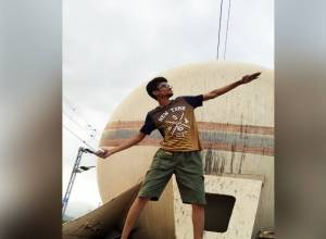 Engineering student electrocuted to death while taking selfie in Vizianagaram