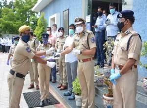 2nd grand welcome accorded to 31 Covid-19 survivors of Rachakonda Police Commissionerate