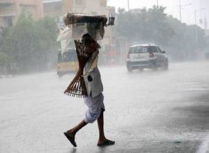 IMD predicts rain, thunderstorms in Telangana for next three days
