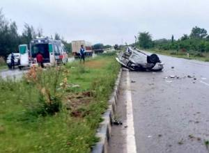 Three killed after car crashes into divider on Hyderabad-Bengaluru highway in Anantapur